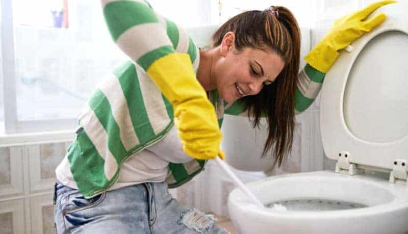 Отпушване на тоалетна - как да