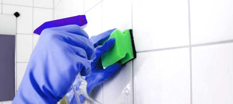 Как да почистим бързо и добре банята