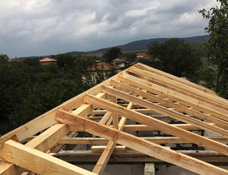 Материали за дървен покрив